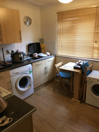 Large 2 bed flat in old Bletchley