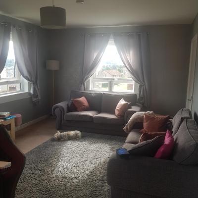 3 bedroom bottom floor flat