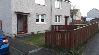 Lovely semi-detached 2 bedroom house