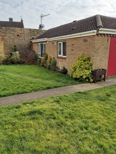 2 Bed Bungalow in Alford wanting to move to Leicestershire 2
