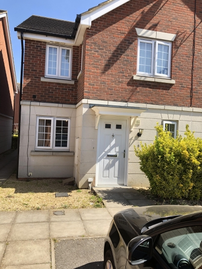 2bed house for swaps in GRANTHAM