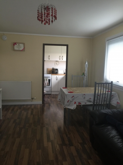 I looking for two or three bedroom house and also have the garden + parking care