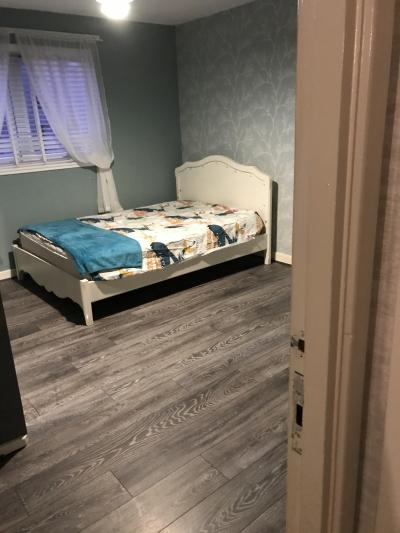 3 bedyupper cottage flat