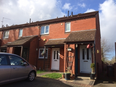 Ground Floor Maisonette with own Drive and Garden