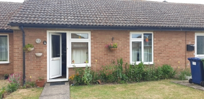 1 bed bungalow very quiet village needingworth cambs. wants similar wareham area