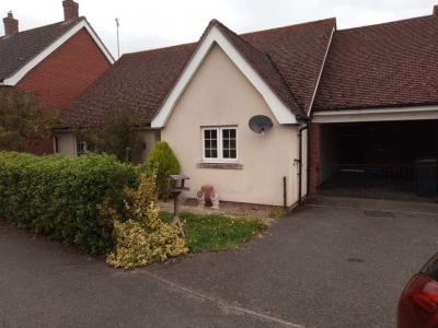 2 Bedroom  detached bungalow suitable for disabled person