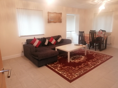 very spacious new build ground floor flat close to all amneties