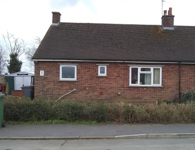 2 Bed Bungalow Thorney for 2-3 Bed Bungalow or House in Werrington Village/Walto