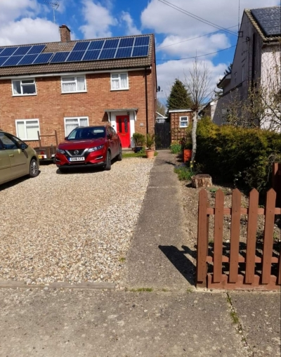 lovely 3 bed house in beautiful village location