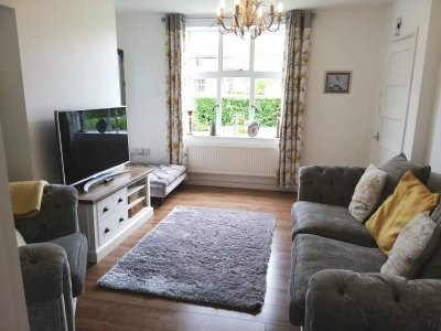 2 bed house in silver end